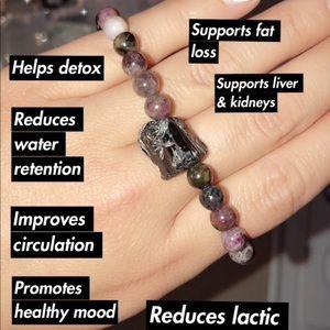 Crystal healing bracelet (super healthy bracelet!)